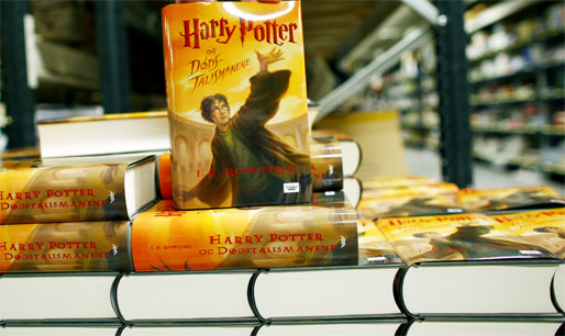 paven Fordømmer Harry Potter